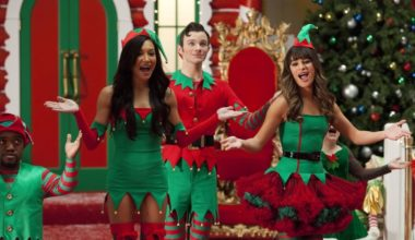 What to Get Your Man for the Holidays - Naya Rivera